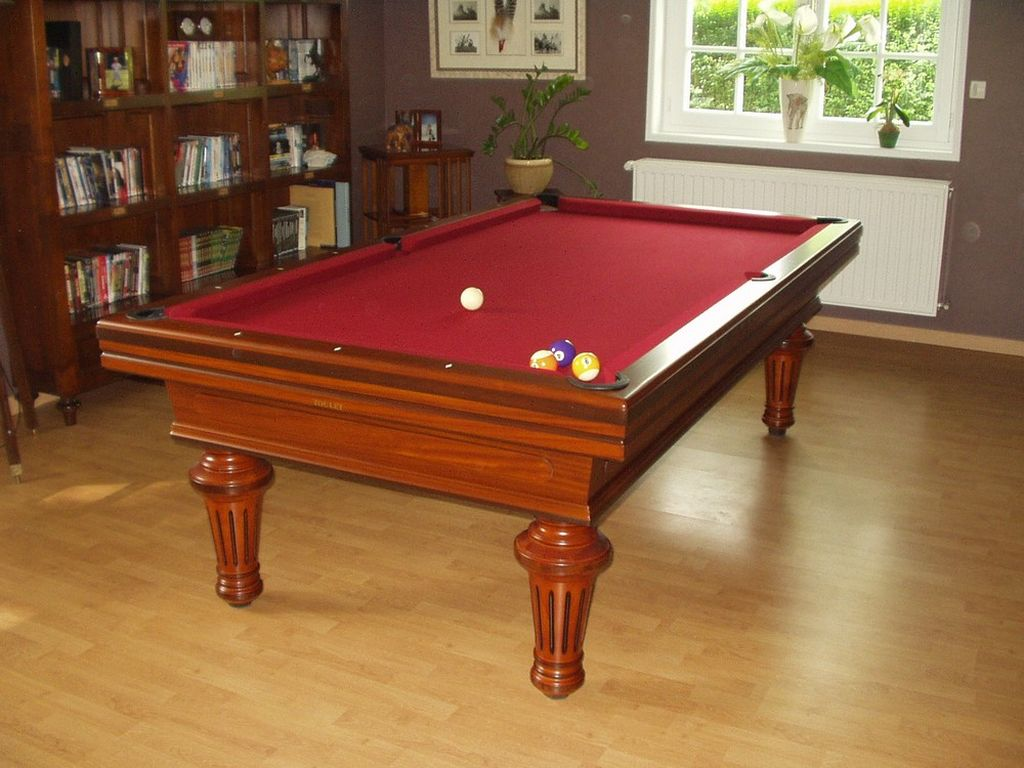 billard toulet empereur dans billard toulet sur id e d coration maison. Black Bedroom Furniture Sets. Home Design Ideas