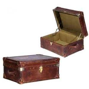 malle watson en cuir couleur cigar h 300 x 580x 430 arteinmotion bau w at0046 photos id e. Black Bedroom Furniture Sets. Home Design Ideas