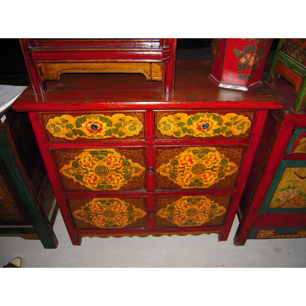 Buffet 4 portes et 2 tiroirs tibetain style chine c3009 for Meuble chine design