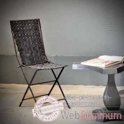 chaise en pneu recycl objet de curiosit si031 dans. Black Bedroom Furniture Sets. Home Design Ideas