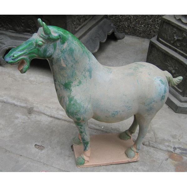 sculpture cheval terre cuite verniss couleur blanc artisanat chine cer056b. Black Bedroom Furniture Sets. Home Design Ideas