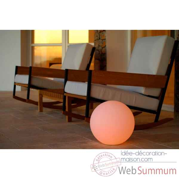 Ball : lampe a led sans fil pour piscine Smart And Green